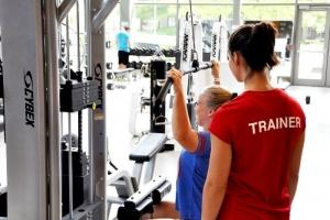 trainer-lats